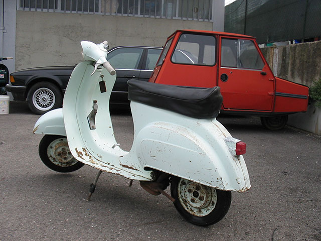 restauro piaggio vespa 50 n 1964. Black Bedroom Furniture Sets. Home Design Ideas